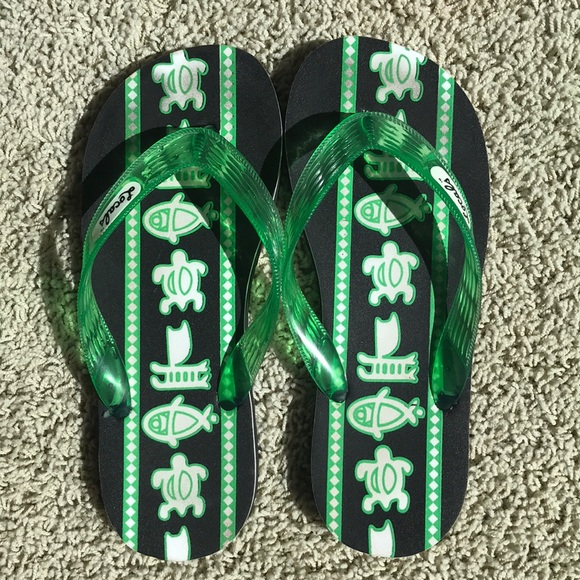 67be37c765ca Locals Other - Girls or boys flip flops size 6 7